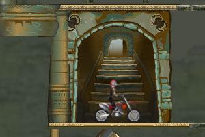 美女骑摩托闯地宫2